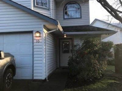 #10-2355 Valley View Drive, Courtenay, B.C.